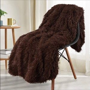 Brown soft faux fur blanket New 50x60